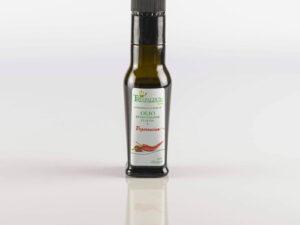 Olio extravergine di oliva e peperoncino