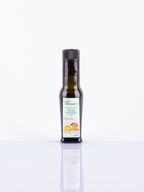 Extravirgin Olive Oil with citrus fruits